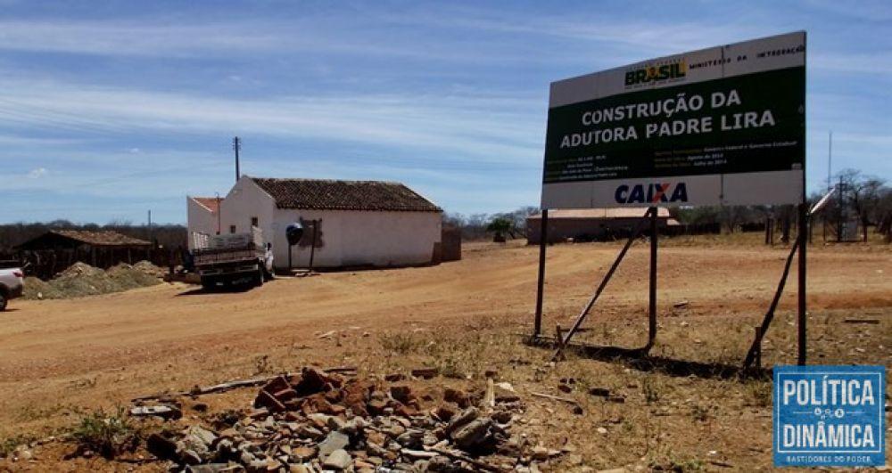Obras estão abandonadas no semiárido (Foto: Gustavo Almeida/PoliticaDinamica.com)