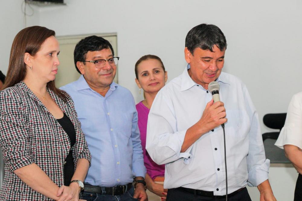 Prefeito Maninho acompanhou o Governador Wellington Dias em visita ao projeto Cidade Turística