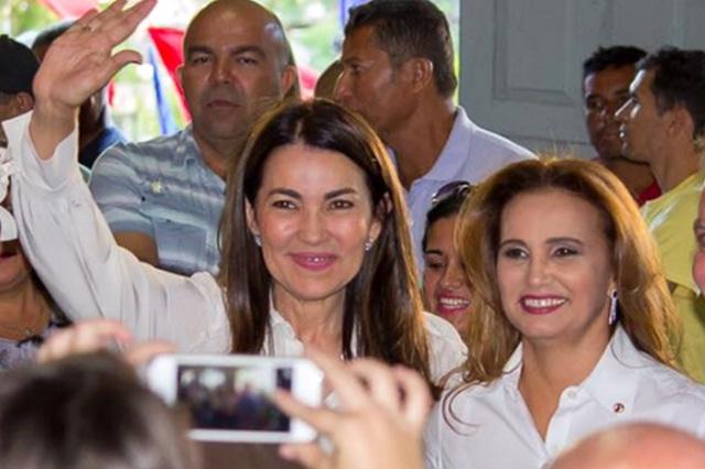 Margarete Coelho e a irmã Carmelita Castro (Foto: Reprodução/Facebook)