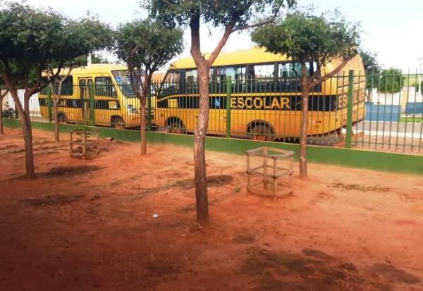 No município de João Costa/PI, alunos não vão à escola por falta de ônibus escolar