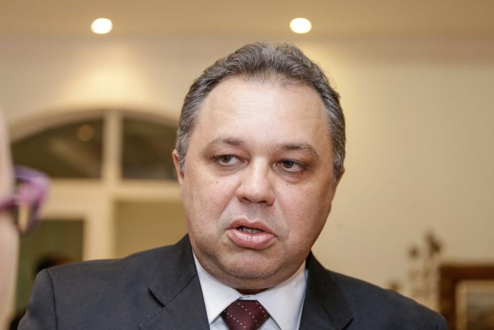 Secretário de saúde do Piauí, Florentino Neto (imagem: reprodução)