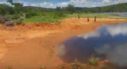 Prefeito é acusado de cercar para si barragem pública que servia a populares