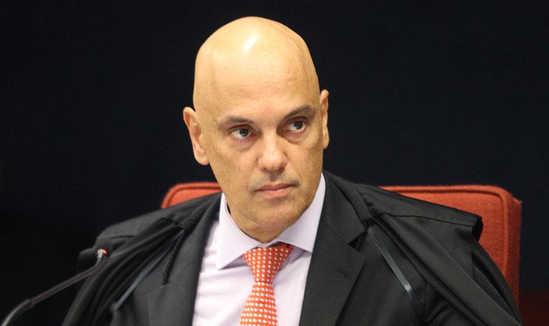 Decisão de Moraes para operação contra fake news cita 'gabinete do ódio' e assessores de Bolsonaro