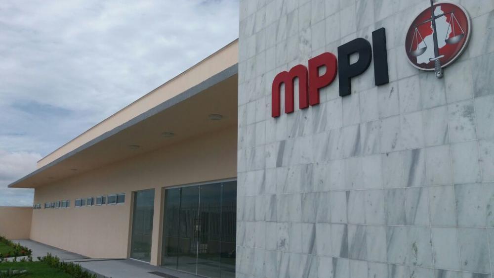 MP-PI quer apuração de possível acúmulo indevido de cargo público em São João do Piauí