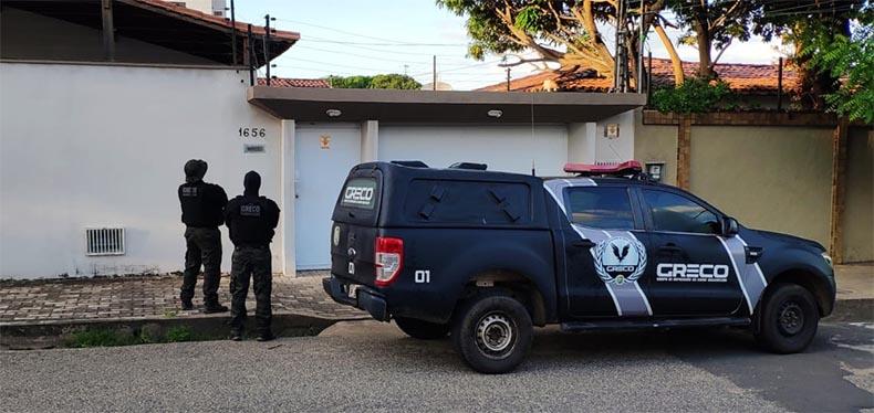 Jornalista Arimatéia Azevedo e um professor são presos pelo Greco