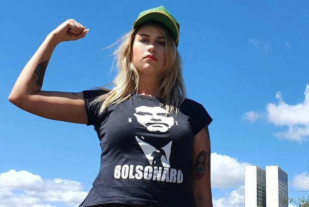 Sara Winter, ativista do movimento 300 do Brasil, é presa pela PF em Brasília