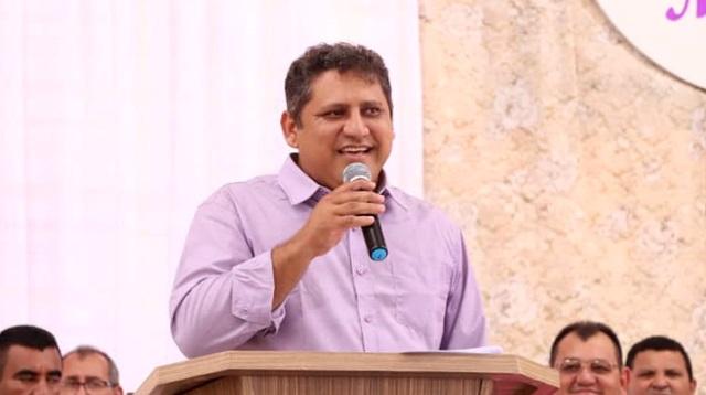 Prefeito do interior do Piauí reveza parentes em cargos na gestão municipal, quase todos sem a menor qualificação técnica