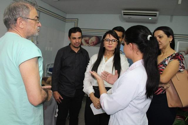 Deputada denuncia que servidores do hospital de Dirceu Arcoverde/PI estão 15 meses sem salários
