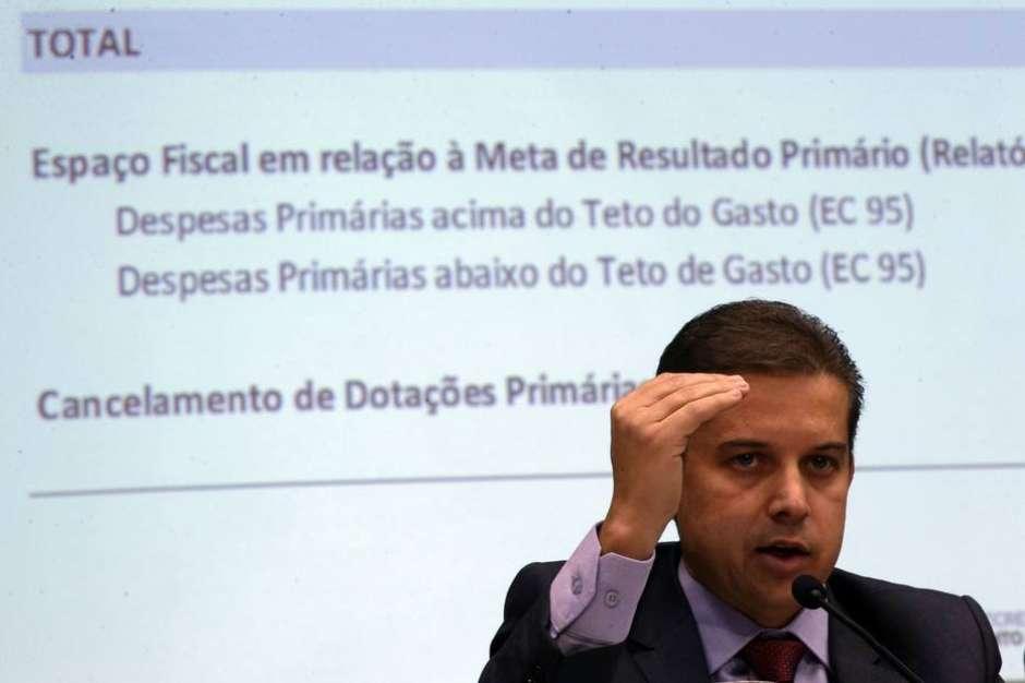 Temos a perspectiva de mais um exercício sem autorizações para novos concursos (em 2020), diz o secretário Rubin Foto: Agência Brasil / Estadão Conteúdo