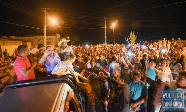 Carmelita Castro foi recebida por centenas de apoiadores (Foto: Divulgação/Assessoria)