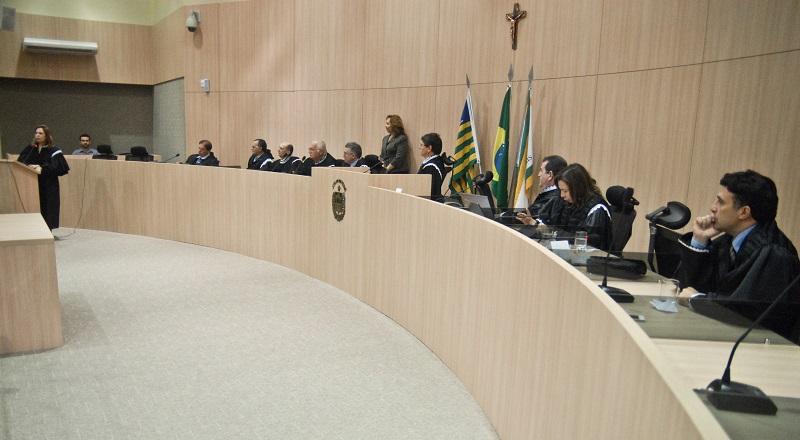 Pleno do Tribunal de Contas do Estado durante julgamento de contas. (Foto: Jailson Soares/O Dia)