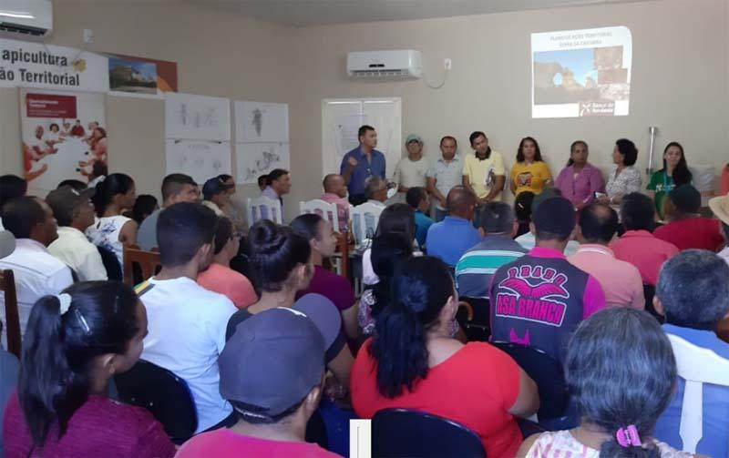 Primeiro Seminário de Apicultura do PAT de São Braz do Piauí mobiliza 150 apicultores da região