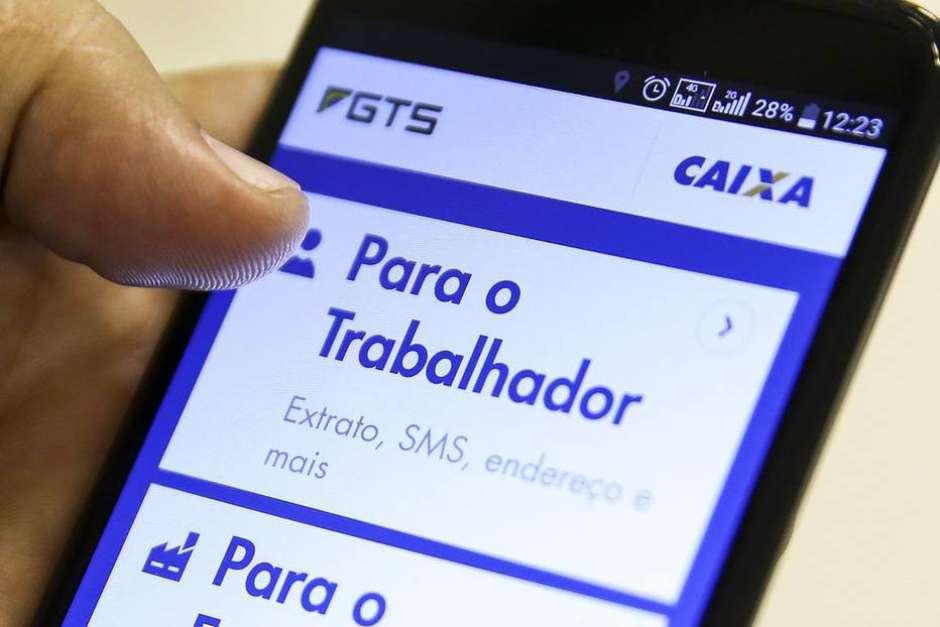 O saque imediato não tem relação com o saque aniversário Foto: Marcelo Camargo/Agência Brasil / Estadão Conteúdo