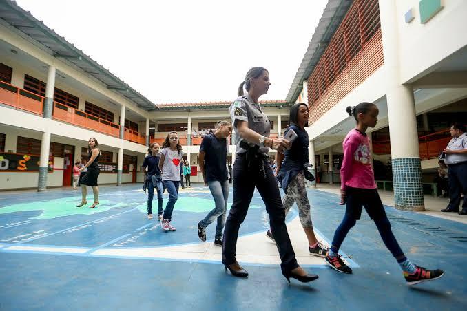 MEC anuncia 54 escolas selecionadas para o programa cívico-militar; Piauí fica de fora