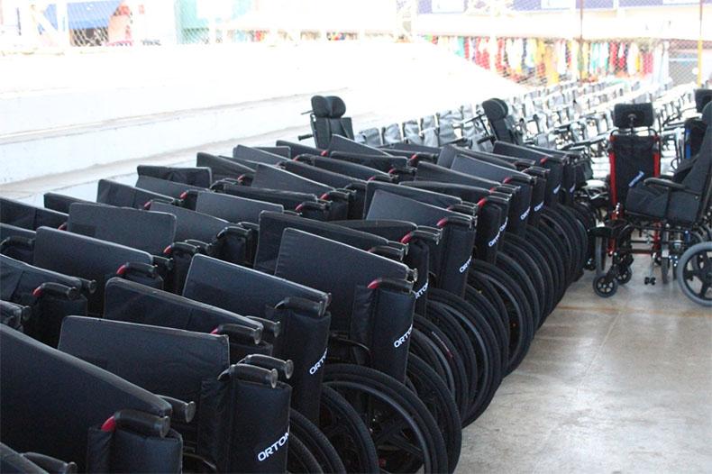 Programa Passo a Frente entrega equipamentos em Canto Buriti