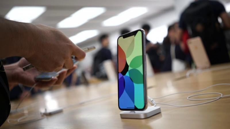 Apple fecha todas as lojas fora da China por pandemia